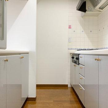 【LDK】キッチンスペースです。