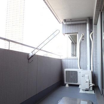 バルコニーはこんなにゆったり!※写真は7階同間取り別部屋のものです