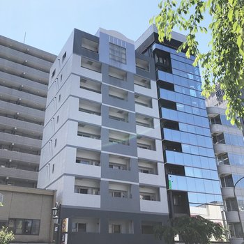 RC造9F建のマンションです。