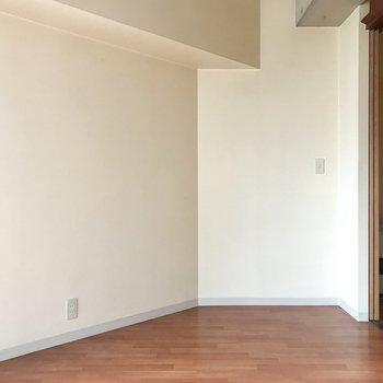 変わった間取り。家具の配置も面白そう!
