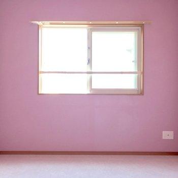 小窓だから