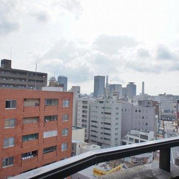 神戸の街並みが広がります。