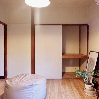 押入れは、入れ方次第でたくさん収納できるんです。※家具はサンプルです
