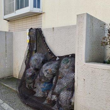敷地内ゴミ置き場もあって、ゴミ出し楽々。