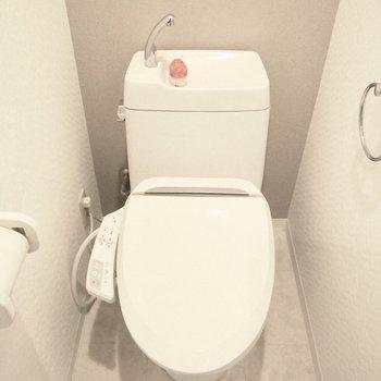 トイレはウォシュレットが付いてます◎