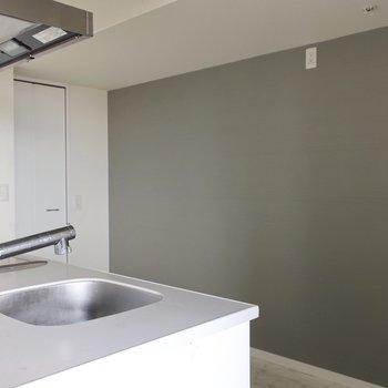 Goodデザインなキッチン家電を並べたい!※写真は17階の同間取り別部屋、通電前・清掃前のものです