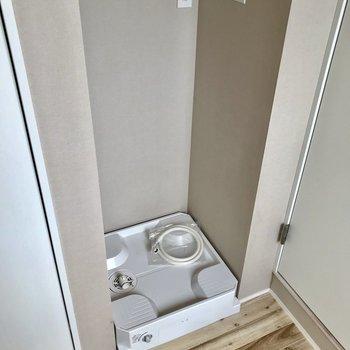 床のナチュラルさが素敵!※写真は4階の同間取り別部屋のものです
