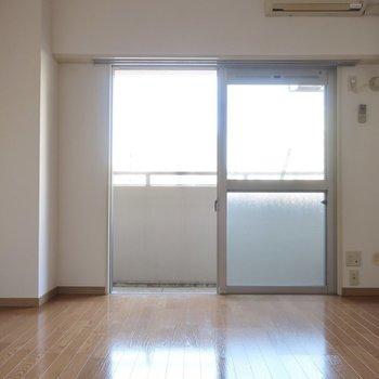 ひとりでゆったり過ごそ♪※写真は5階の同間取り別部屋のものです。