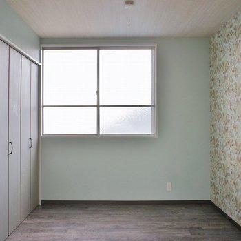 さわやかな洋室は寝室に。