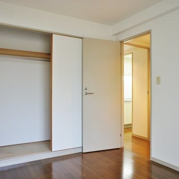 収納だってこんなに。※写真は1階の同間取り別部屋のものです