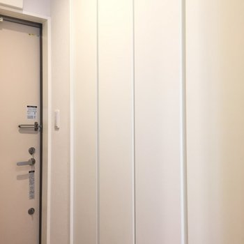 閉じればスッキリ※写真は1階の反転間取り別部屋のものです