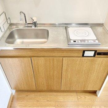 流しが小さいので、洗い物はこまめにしましょう。