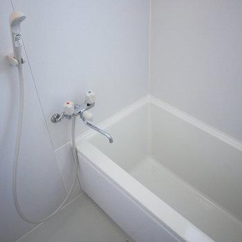 浴室もいたって普通ですが、とってもきれい!