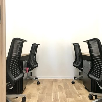 【4人用ブース】仕事に専念できる集中空間!
