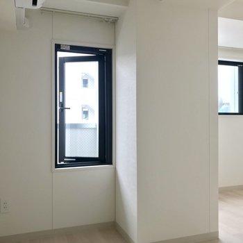 真っ白な空間◯※写真は8階同間取り別部屋のものです