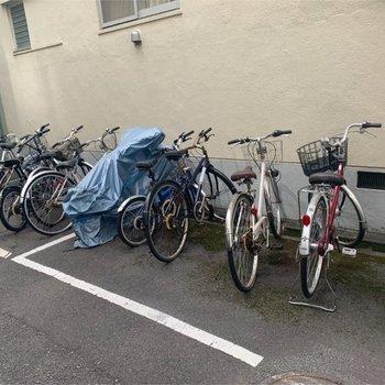 自転車置き場しっかりあります