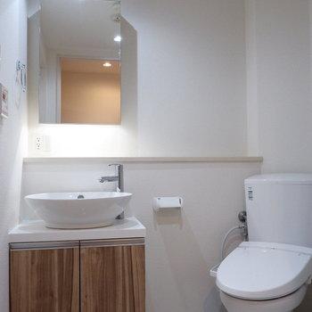 脱衣所にお手洗いなどがまとまっています。※写真は前回募集時のものです