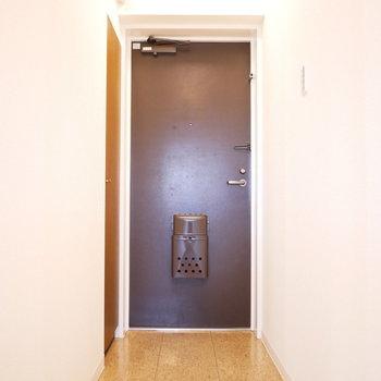 フラットな玄関なので、割とゆったり使えます。(※写真は前回募集時のものです。)