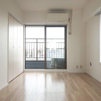 【洋室6帖】東側のお部屋