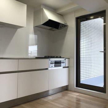 キッチンはゆったりスペース