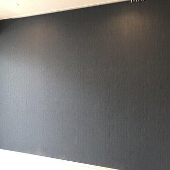 細かい立体の波模様になっているんですよ。※写真は5階の同間取り別部屋のものです