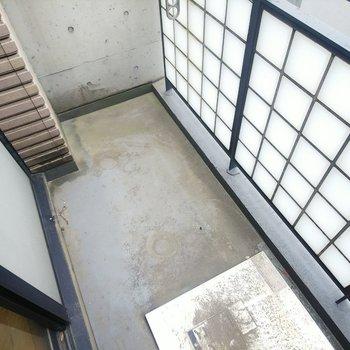 【下階】バルコニーのデザインまでしっかりオシャレ。
