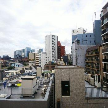 【下階】バルコニーからの眺めが良い!