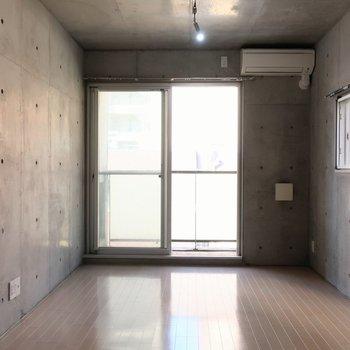 もしもここに住むのがあなたなら※写真は4階の反転間取り別部屋のものです