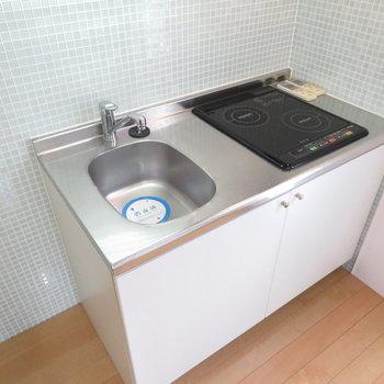キッチンはIHのシステムキッチン