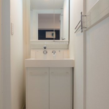 洗面台は収納が多くて使いやすそう※写真は前回募集時のものです