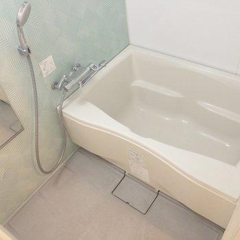 バスルームはお手入れしやすそう※写真は前回募集時のものです