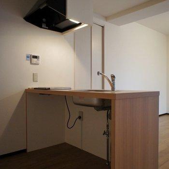 キッチン下にもスペースたっぷり◎