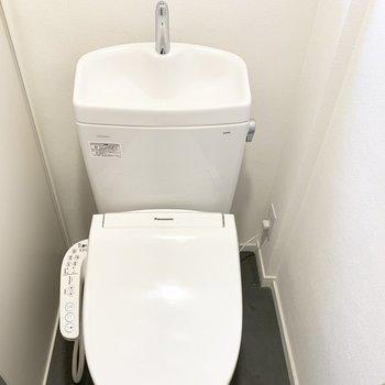 トイレも新品に交換!!