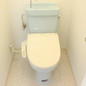バスルームとトイレは別になってます ※写真は3階の同間取りの別部屋のものです