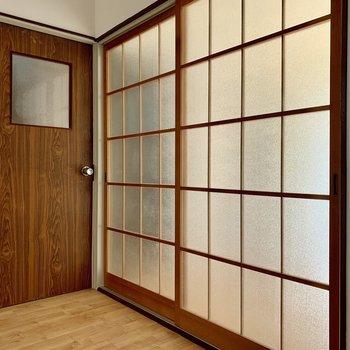 【1F】扉を開ければ、玄関とお部屋へ