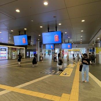 最寄りの二子玉川駅までは徒歩約6分。