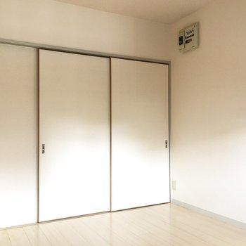 【DK】洋室と仕切る襖を閉めるとこんな具合。