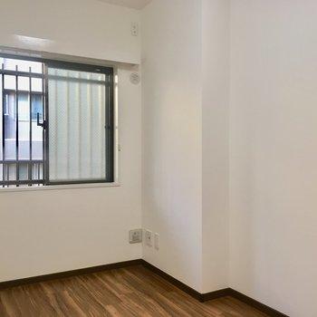 【洋室③】ここもエアコンは設置できます。
