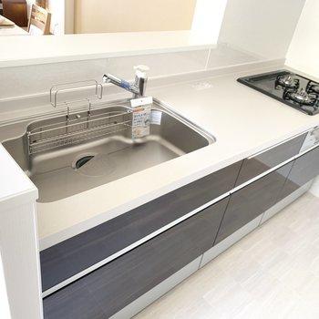 システムキッチンでお料理も手際よくできそうだな。