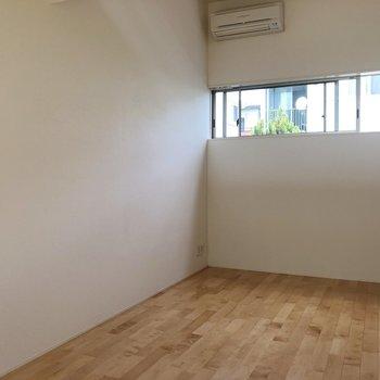 【1階】この壁に2人の写真を飾ったらステキだなあ。