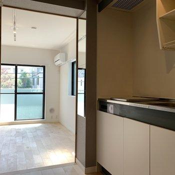 キッチン前の廊下スペースあります