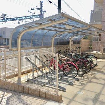 オートロックの横に、自転車置き場はありました。