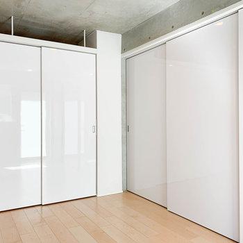 【LD】扉を締めればきっちりと空間が分けられます。