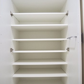 靴はたくさん持っていても大丈夫そう※写真は7階の同間取り別部屋のものです