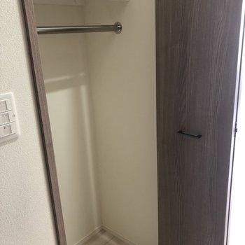 ひとり暮らしにピッタリの収納※写真は4階同間取り別部屋のものです