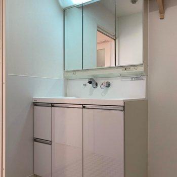 洗面台は広くて使いやすそう※写真は前回募集時のものです