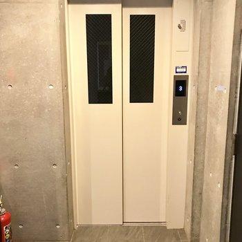 エレベーターもついてますよ!