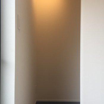 玄関横の奥まった空間