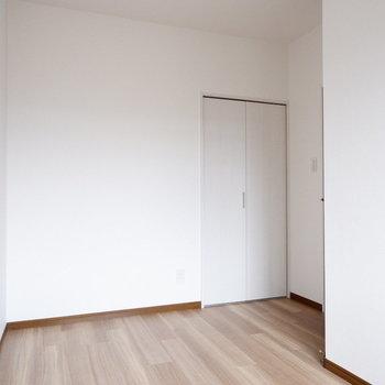【洋室③】2人暮らしの場合しっかりプライベート空間が持てるのは嬉しいポイント。