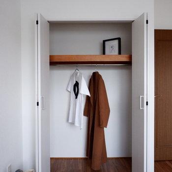 【洋室5.4帖】なかなか良い容量!※家具はサンプルです